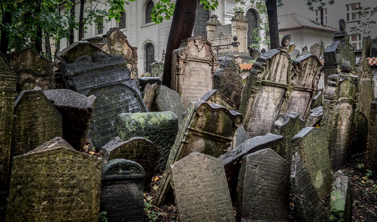 Jewish Cemetary, Prague (Praha), Czech Republic II