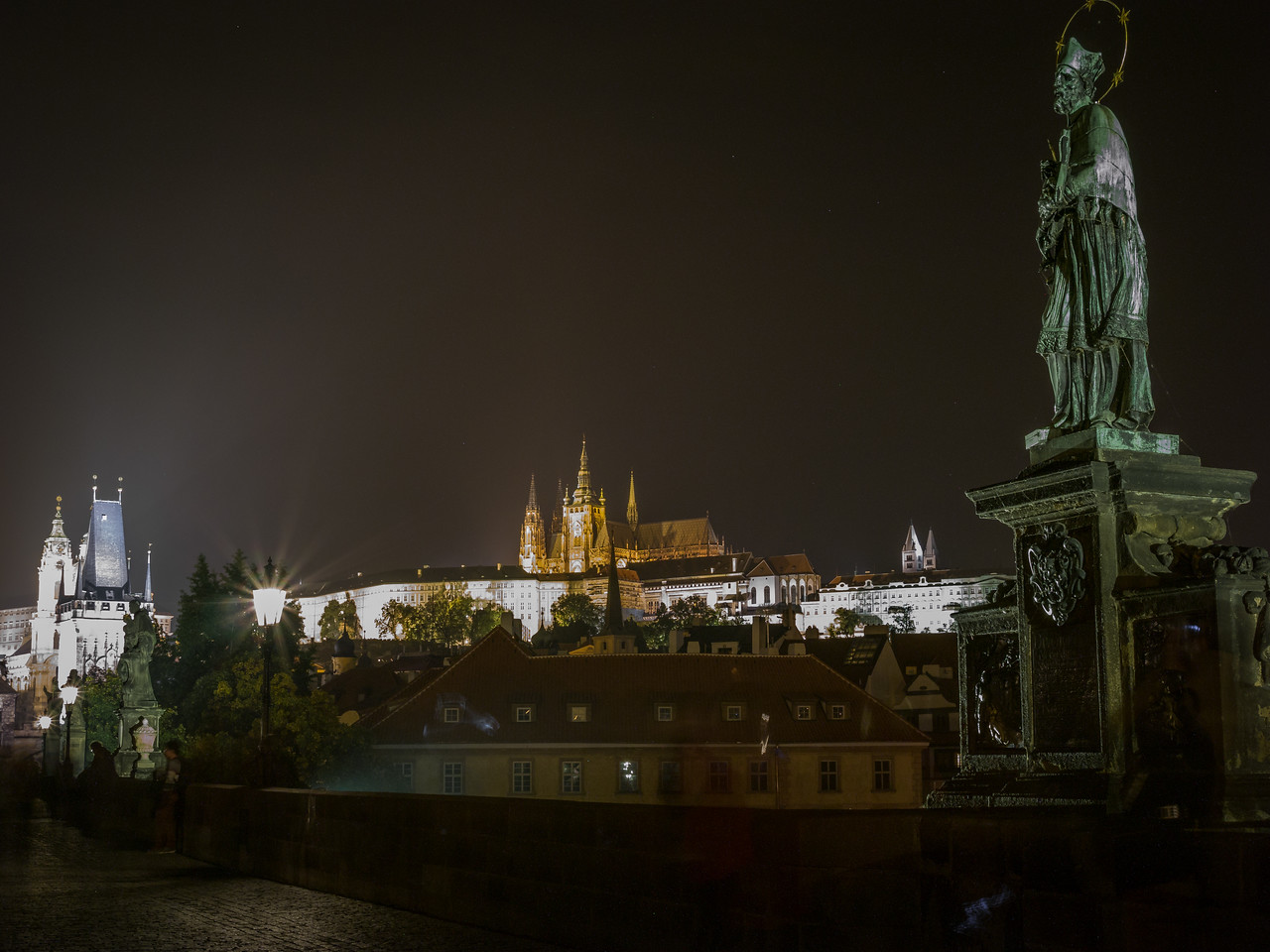 View of the Royal Palace from the Charles Bridge, Prague (Praha), Czech Republic