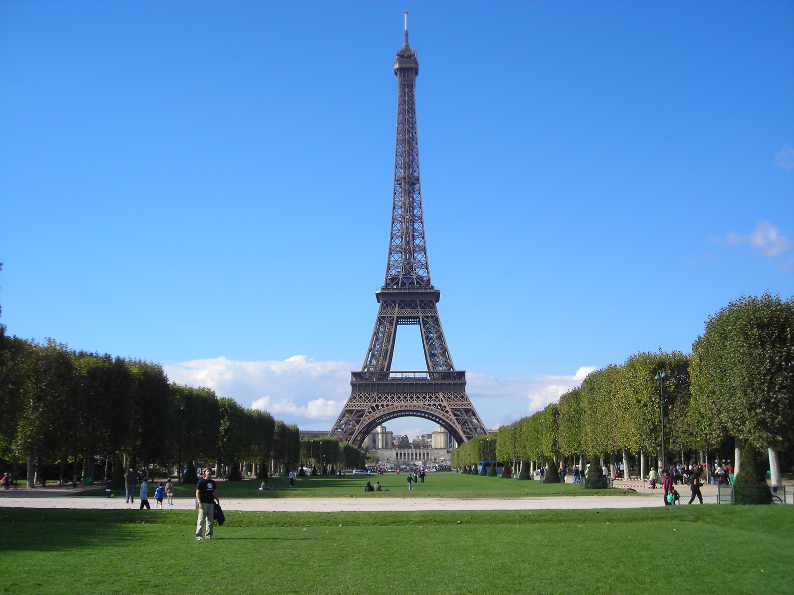 Went to Paris for the day, next time we'll stay longer.