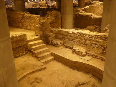 Excavation of neighborhood discovered when building Acropolis Museum - the Museum is built over it.