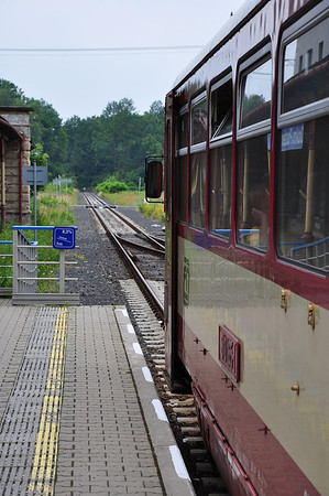 810165 and the view towards the German border. This line should reopen in the foreseeable future (05.07.2013)