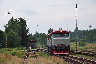 749240 runs round at Rybniště (05.07.2013)