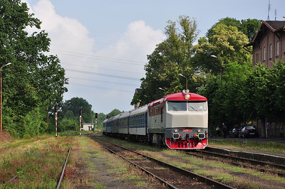 749 240 at Zawidów waiting to return south to Liberec (06.07.2013)