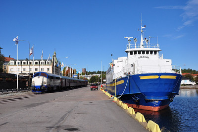 Mx 1009 heading back down the docks branch to Oskarshamn station (23.09.2013)