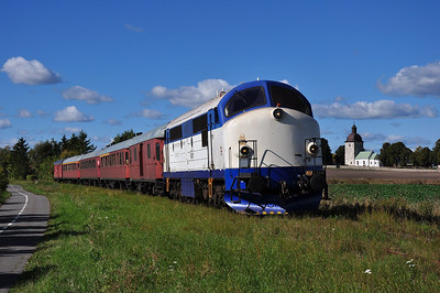 Mx 1009 at Viby on the Åhus docks branch (24.09.2013)
