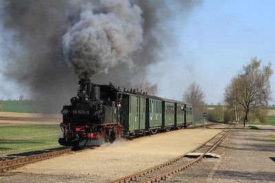 99 1574 at Naundorf with a charter from Oschatz to Glossen (19.04.2015).