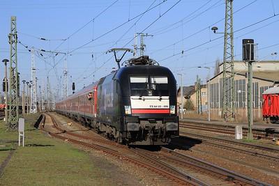 MRCE 182 508 rolling into Stendal with IRE18093, 07.15 Hamburg Hbf - Berlin Ostbahnhof (18.04.2015).