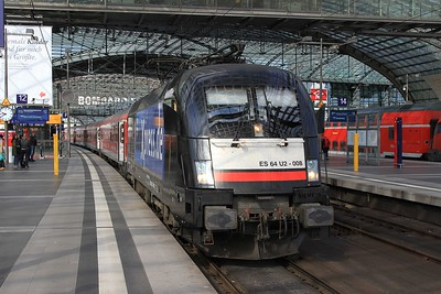 MRCE 182 508 after arrival at Berlin Hbf with IRE18093, 07.15 Hamburg Hbf - Berlin Ostbahnhof (18.04.2015).