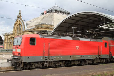 143 893 at Halle (Saale) Hbf after arrival with RB37867, 16.54 Dessau Hbf - Halle (Saale) Hbf (17.04.2015).