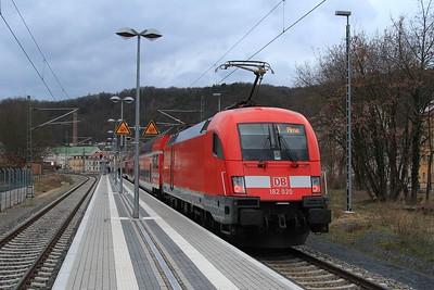 182 020 after arrivail at Meißen-Triebischtal with S1 31748, 13.35 Schöna - Meißen-Triebischtal (21.02.2015)