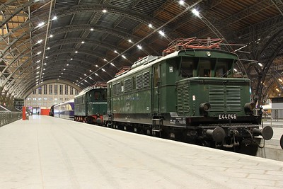 Leipzig Hbf is home to a static exhibition of heritage German traction. This is E44 046 built by Siemens-Schuckert-Werke (Berlin)/Krauss-Maffei (München) in 1936 (21.02.2015).