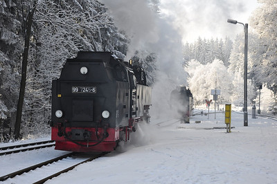 99 7247 and 99 7245 swapping trains at Drei Annen Hohne (25.01.2014)