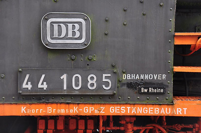 ex-DB 44 1085 looking very much like it had just been withdrawn from Bw Rheine (07.09.2013)