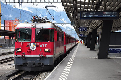 627 at Landquart with train RE1233, 08.44 Disentis/Muster - Scuol-Tarasp (25.08.2013)