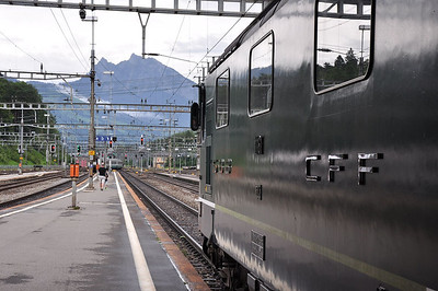 11161 looking south from Arth-Goldau towards the Gotthard (24.08.2013)