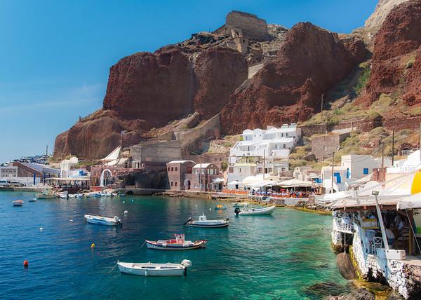 Charming fishing village of Amoudi Bay, Santorini