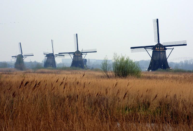 Row of four windmills at Kinkerdijk