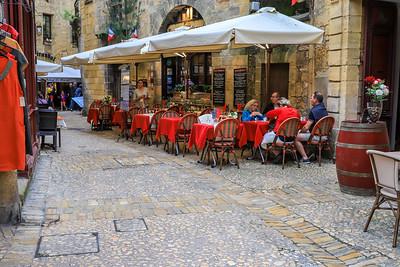 May 9 - Sarlat -le -Caneda Morning Walk and lunch in Sarlat