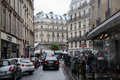 A Bus tour of Paris
