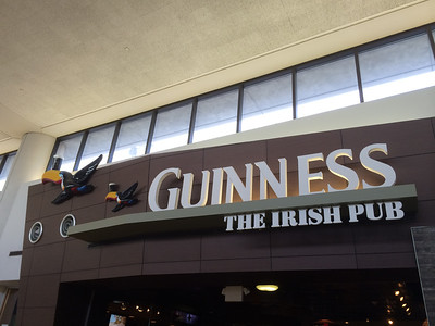 A sign of a good trip... the pub at the Newark Airport right outside our arrival gate from Minneapolis