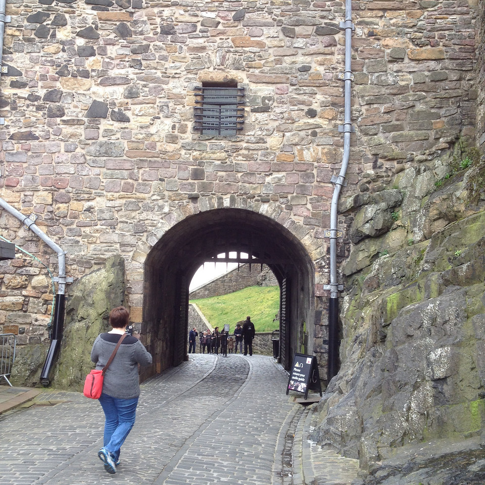 The second gate into the castle.