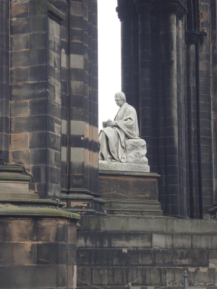 The memorial in Edinburgh