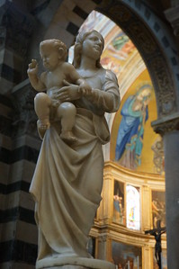One of the many proto-Renaissance, Madonna and child statues.  Basilica in Pisa, Italy