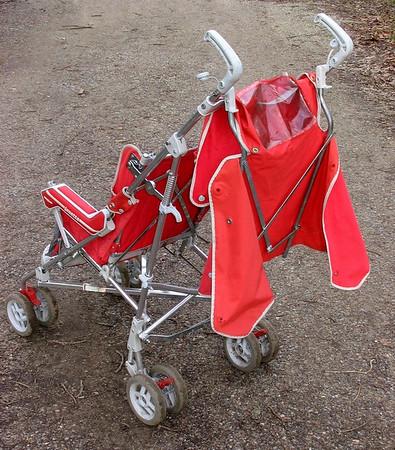 1987 Jane Janette stroller -  rear