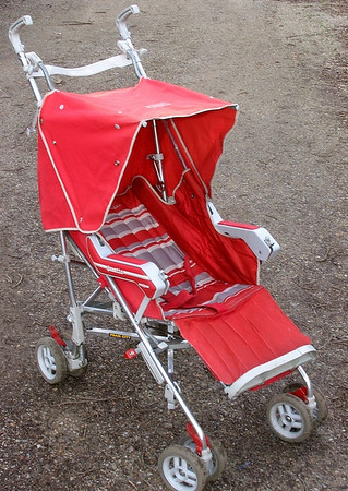 1987 Jane Janette stroller - red