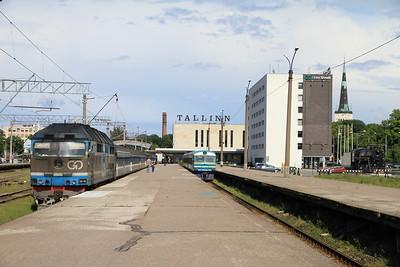GoRail TEP70 0237 at Tallinn Balti on 034 17.20 to Moskva - 25/06/11