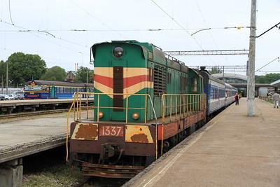 EVR 1337 at Tallinn Balti on 0951 PTG 'Rail Wonders of Estonia' charter - 27/06/11