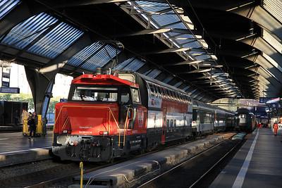 SBB 922017 shunting stock at Zürich HB  - 22/09/11.