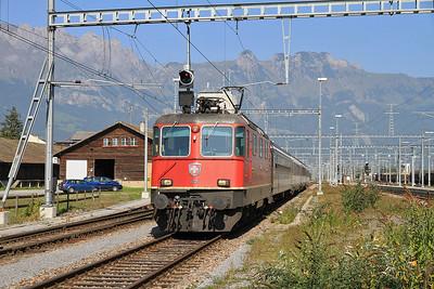 SBB 11225 arr Buchs on RE3815 11.03 St.Gallen-Chur - 23/09/11.