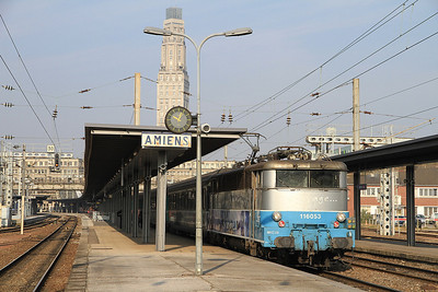 SNCF 16053 at Amiens on 12016 1014 to Paris Nord - 03/04/12.