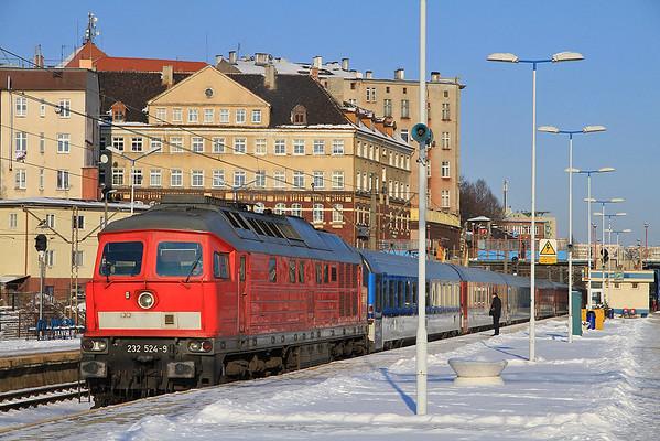 DB 232524 at Szczecin Gł on EC179 14.32 to Praha Hl - 06/02/12.