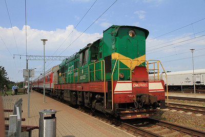 LG ChME3T 6327, Paneriai, Day 1 of PTG 'Rail Wonders of Lithuania' charter - 19/05/13.