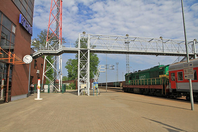 LG ChME3T 6327, Kena, Day 1 of PTG 'Rail Wonders of Lithuania' charter - 19/05/13.