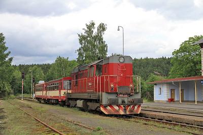 ČD 742201, Nová Role, 17111 16.25 Johanngeorgenstadt-Karlovy Vary Dolni - 04/07/13.