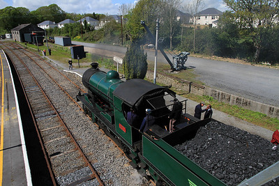 Ex-D&SER 461, Carrick-On-Suir, B400 RPSI 'Golden Vale Railtour' - Day 1 ........ note the ITG shed in the background, complete with containerized loco's !  - 11/05/13.