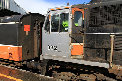 IR 072, Dublin Connolly, B500 RPSI 'Golden Vale Railtour' - Day 1 ........... it seems they ran out of paint when they got to the cab door !  - 11/05/13.