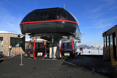 Hahnenkamm cable car top station - 01/03/13.