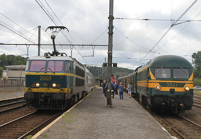 SNCB 2003 dep Ciney, IC2131 08.20 Luxembourg-Brussel Zuid  - 17/08/13.