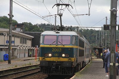 SNCB 2003, Ciney, IC2131 08.20 Luxembourg-Brussel Zuid  - 17/08/13.
