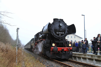 IGDN 52 8131, Olbernhau, DPE80334 08.05 Nossen-Neuhausen (Erzgb) 'Dampfsonderzug' - 06/12/14.