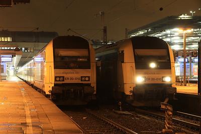 Dispolok 223015 / 223010, Hamburg Altona, NOB81727 16.22 ex Westerland (Sylt) / NOB81728 19.33 to Westerland (Sylt) - 01/02/14.