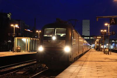 Dispolok 182572, Hamburg Altona, IC2023 07.32 to Frankfurt (Main) - 02/02/14.
