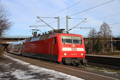 DB 120115, Hamburg Harburg, IC2371 10.14 Hamburg Altona-Konstanz - 02/02/14.