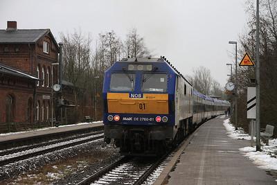 Veola 251001 dep Friedrichstadt, NOB81713 09.52 Westerland (Sylt)-Hamburg Altona - 01/02/14.