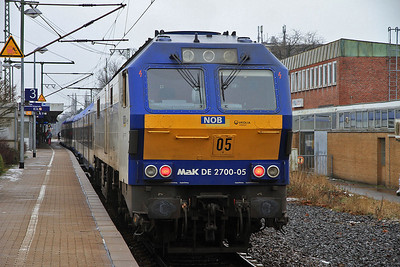 Veola 251005, Elmshorn, NOB81717, 11.22 Westerland (Sylt)-Hamburg Altona - 01/02/14.