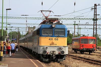 MÁV 431158 arr Kiskunfélegyháza, IC703 15.45 Szeged-Budapest Nyugati - 28/06/14.